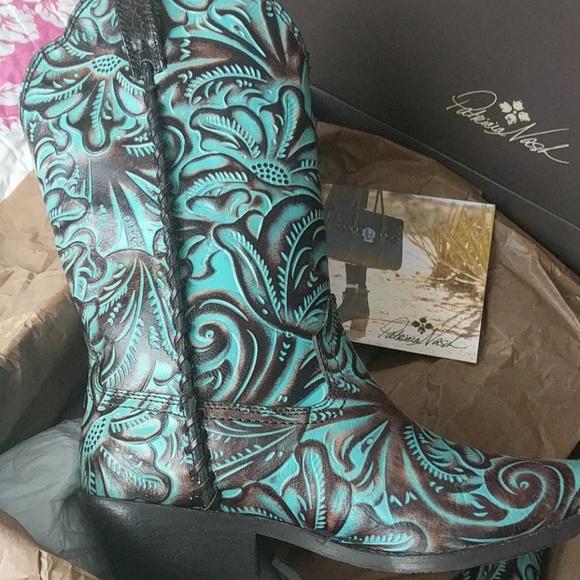 e1855d7c595 Patricia Nash cowboy boots NWT